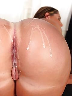 Big Booty Cumshot Porn