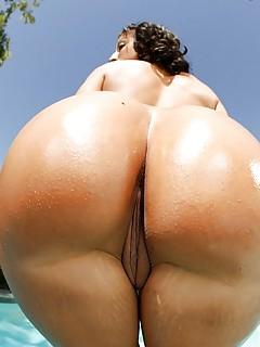 Big Booty Latina Porn